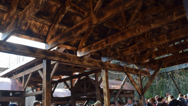 Phantasialand neue Dächer bei Taron (Klugheim)