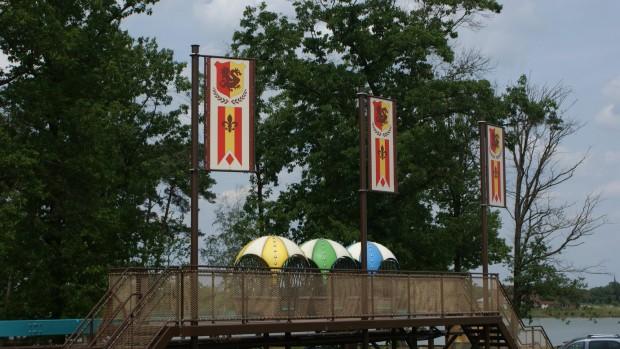 BillyBird Park Drakenrijk Banner Ballonbahn Einschienenbahn
