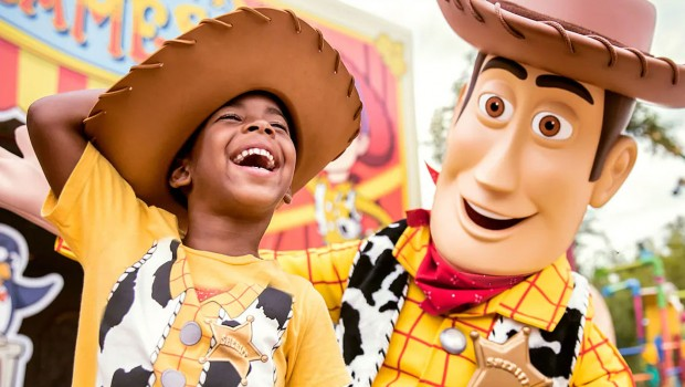 Disneys Hollywod Studios Toy Story Land Woody Character