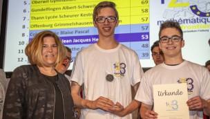 Mathematik ohne Grenzen im Europa-Park: Robert-Gerwig-Gymnasium gewinnt Rechenwettbewerb