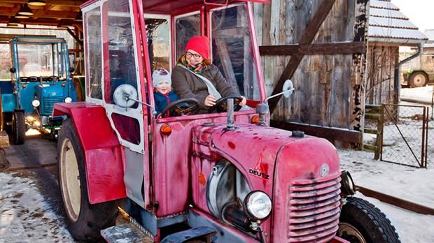 Karls Erlebnis-Dorf Warnsdorf Traktorbahn