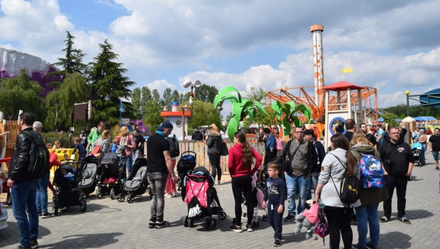 Movie Park Germany Adventure Bay neu 2019 Eröffnung (PAW Patrol)