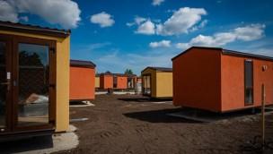 Lodges für neues Erlebnisresort im Safariland Stukenbrock aufgebaut: Feinschliff kann beginnen