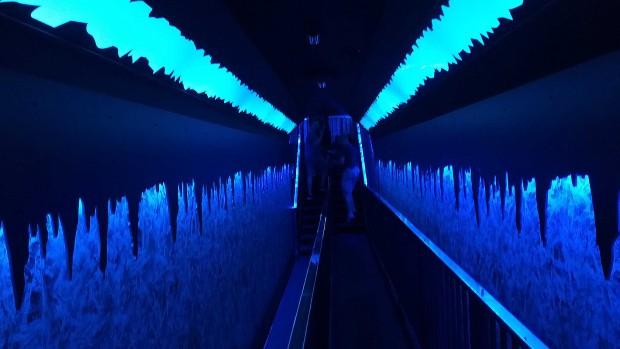 Crazy bats Eistunnel