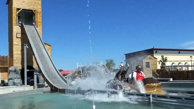 Parc Spirou Log Flume Lucky River