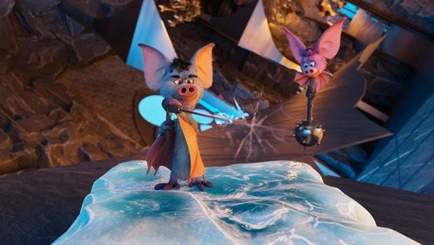 In einem Eisblock rutschen die Gäste durch die langen Flure des Schlosses. (Foto: Phantasialand)