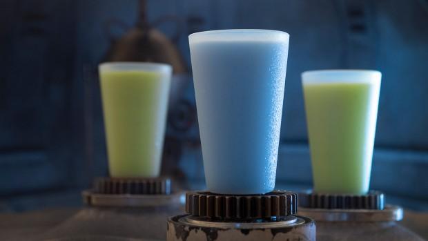 Star Wars: Galaxy's Edge blaue und grüne Milch