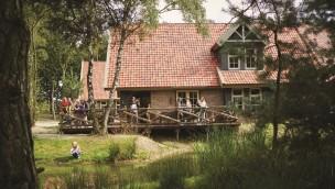 Bereit für die ersten Gäste: Neue Gruppen-Unterkünfte in Efteling-Ferienpark Bosrijk eröffnet