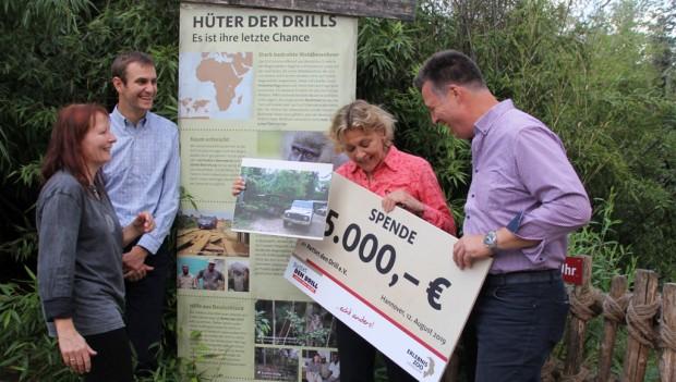 Erlebnis Zoo Hannover spendet an Rettet den Drill