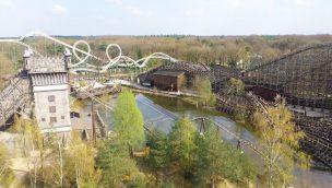 Virtueller Besuch in Efteling: Drohnenflug zeigt leeren Freizeitpark während der Coronakrise