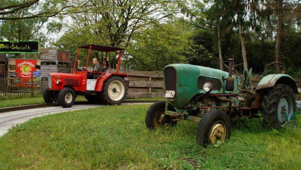 Landerlebnis Janßen Traktorbahn