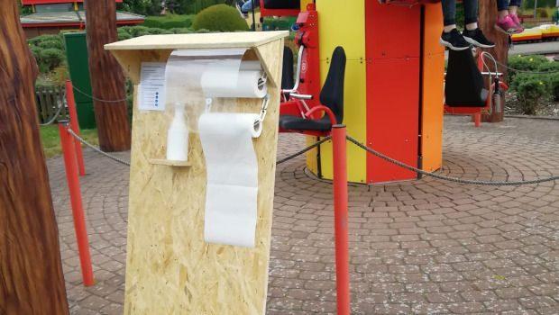 potts park Corona Maßnahmen Buntstift Desinfektionsstelle